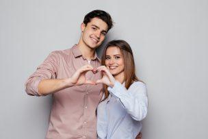 恋愛に発展する出会いの場10個を比較!2019年最もアツいのはここだ